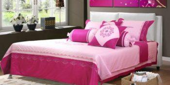 Màu sắc ga giường cưới phải hài hòa với không gian phòng cưới