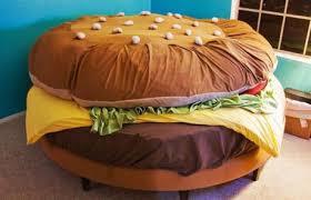 Chăn ga gối hình bánh hamburger siêu dễ thương